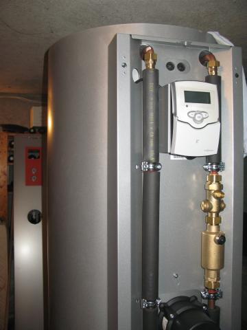 installation chauffe eau solaire et pompe chaleur haute. Black Bedroom Furniture Sets. Home Design Ideas